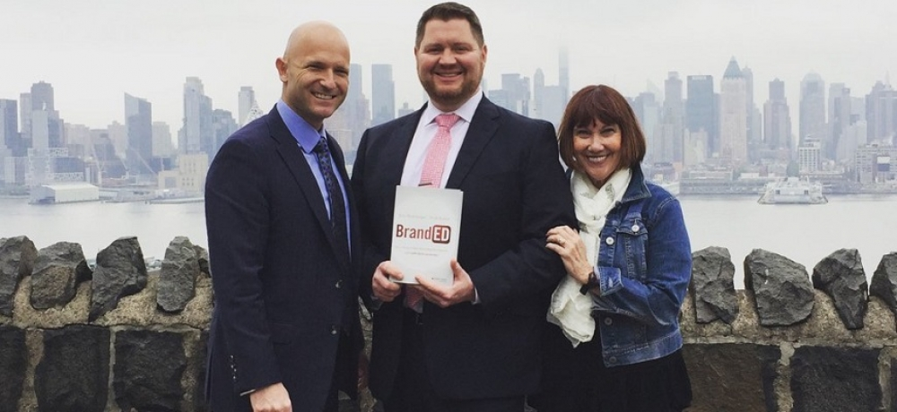 Eric Sheninger (left), with superintendent Robert R. Zywicki (centre) and Trish Rubin (right) // @E_Sheninger.