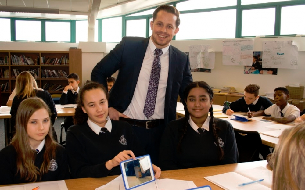 Cardiff school adopts proximity-based tech for learning