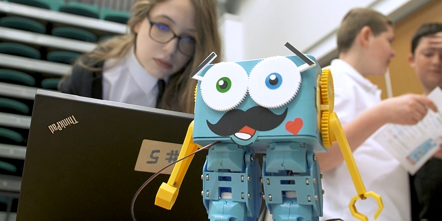 Using Robotics to Spark Girls' Excitement about STEM