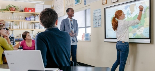 SMART to boost edtech in UK schools with groundbreaking subscription service