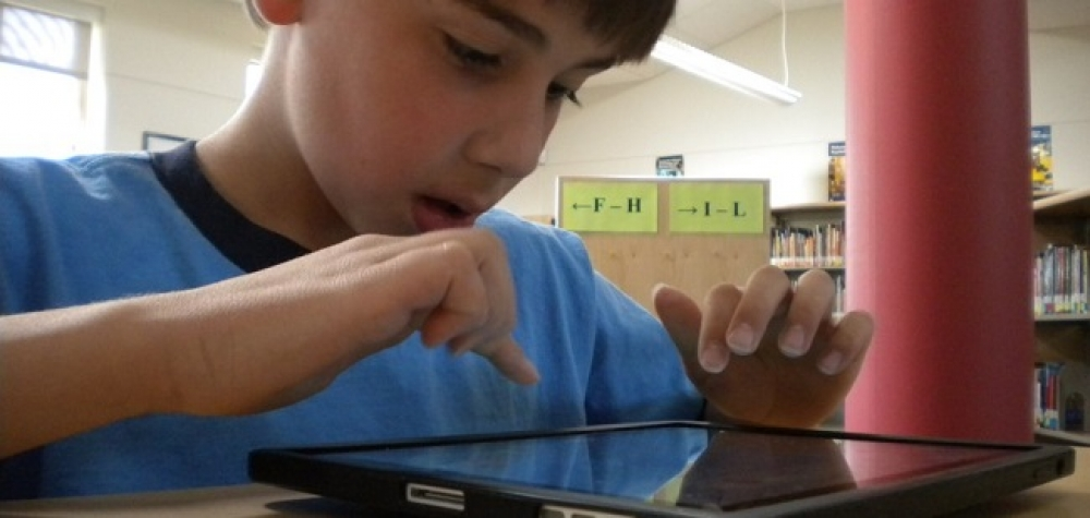 Using iPads to support visually-impaired students